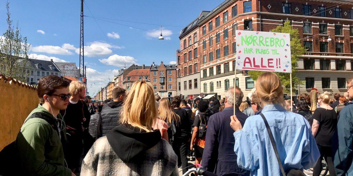 Nørrebroere i fredelig demonstration mod Rasmus Paludan