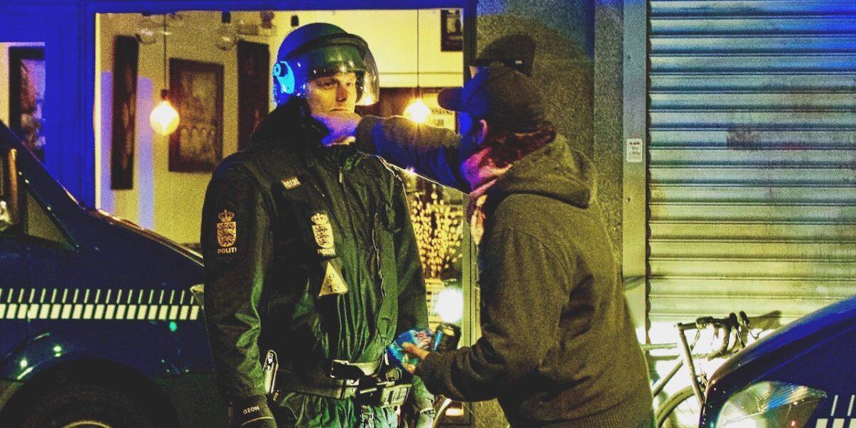 10 dømte for uroligheder efter Paludan-demo på Blågårds Plads