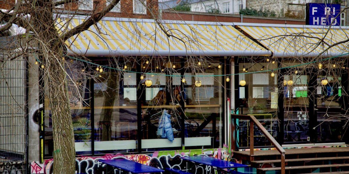 Guide: 10 caféer, der er med til at gøre Nørrebro til noget særligt