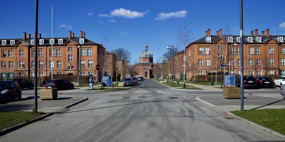 Byvandring: Fra kirkegårde og hospitaler til ren rekreation