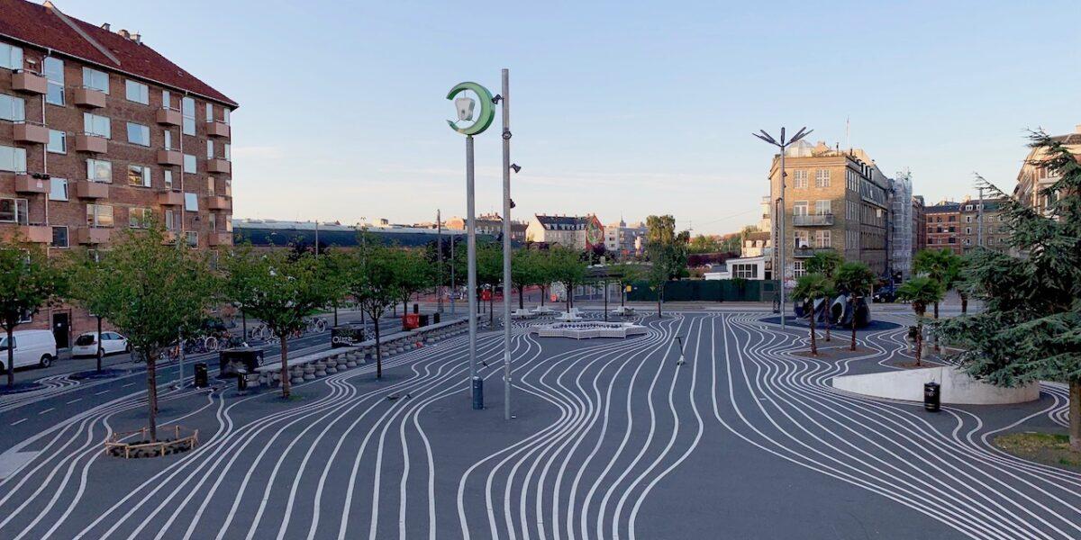 Byvandring: Fra jernbane og sporvognsremise til park og kultur