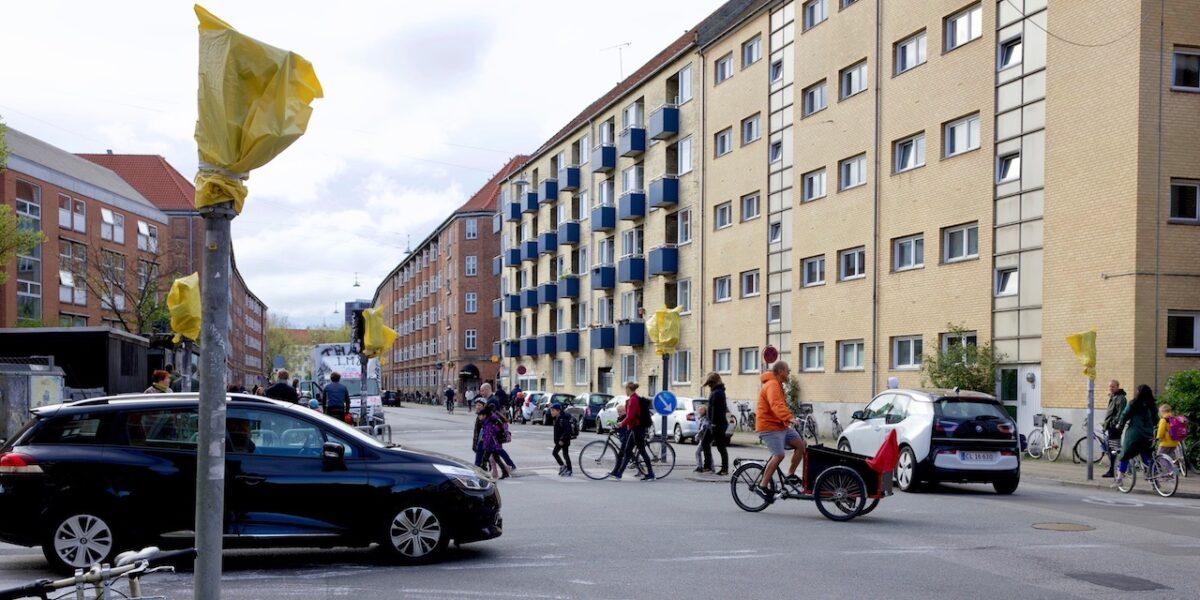 """Trafikkaos ved Rådmandsgade Skole: """"Jungleloven hersker"""""""