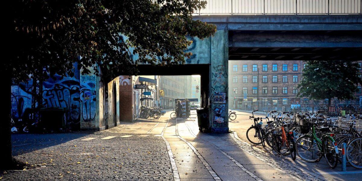 Politiet gentager aktion mod gadehandlerne ved Nørrebro Station
