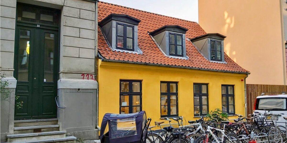Læssøesgade 22: fra blegmænd og slagtermestre til Nørrebro-børn