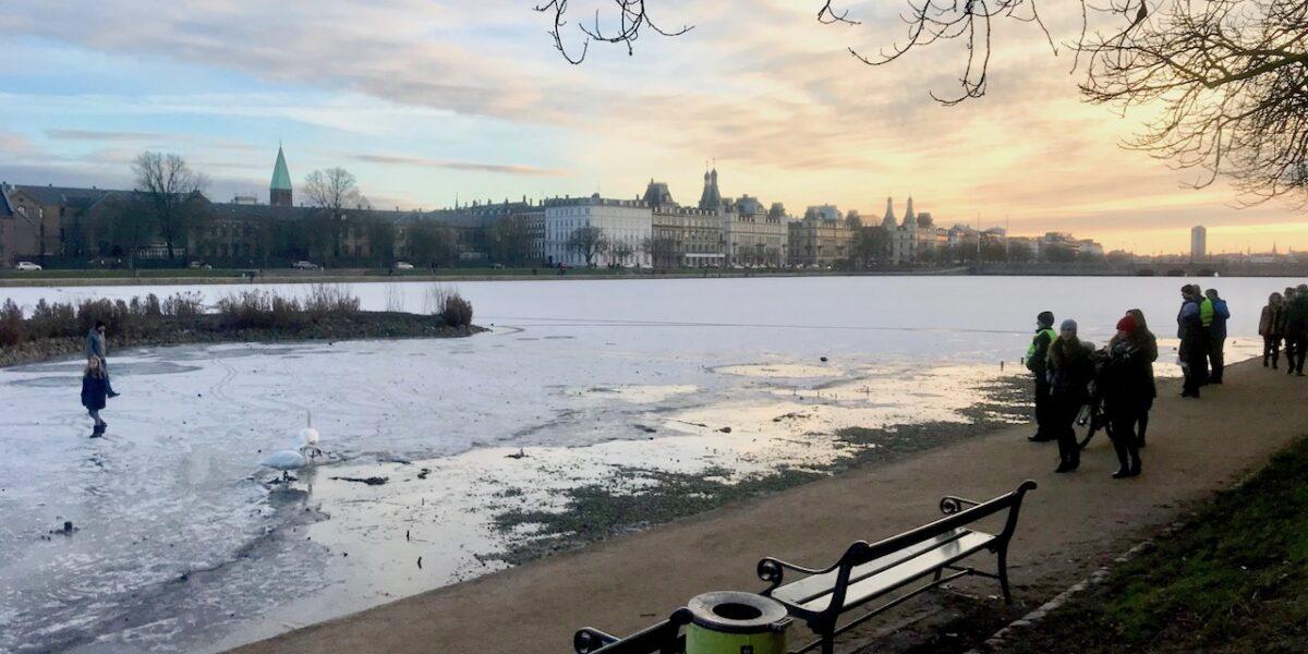 Nej, kære venner: Isen på Søerne er IKKE sikker endnu!