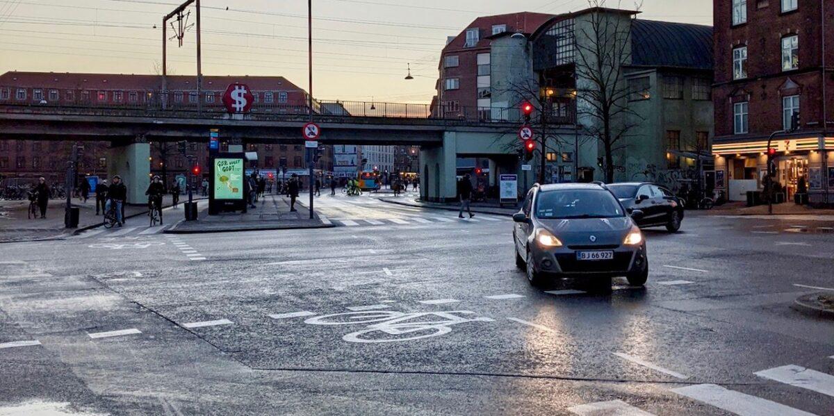 """""""Undskyld, vi tog fejl!"""" Kommunen beklager tirsdagens isglatte veje"""