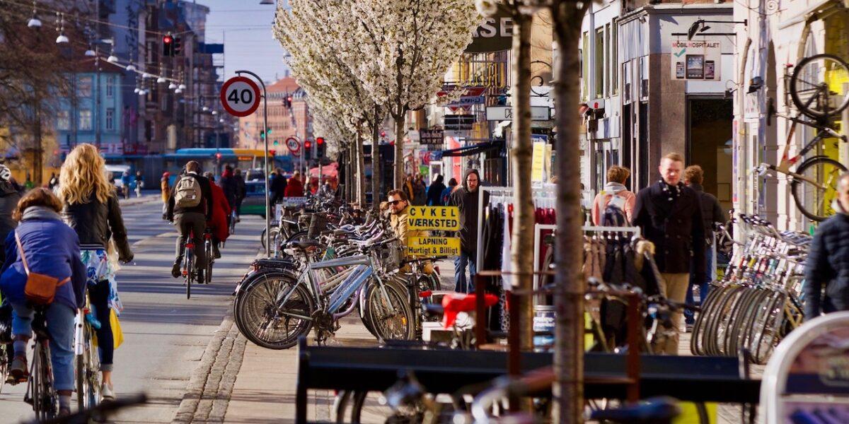 Mere liv i gaderne: Nu åbner Nørrebros butikker igen