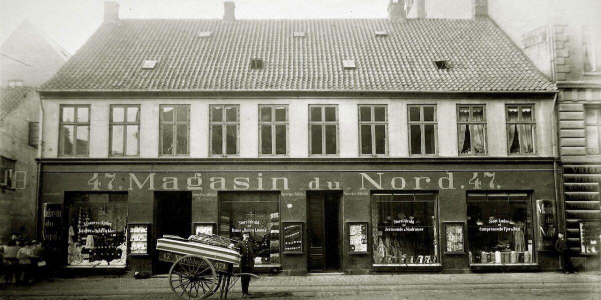Nørrebrogade 47 – fra klædefabrik over Magasin-filial til Matas-butik