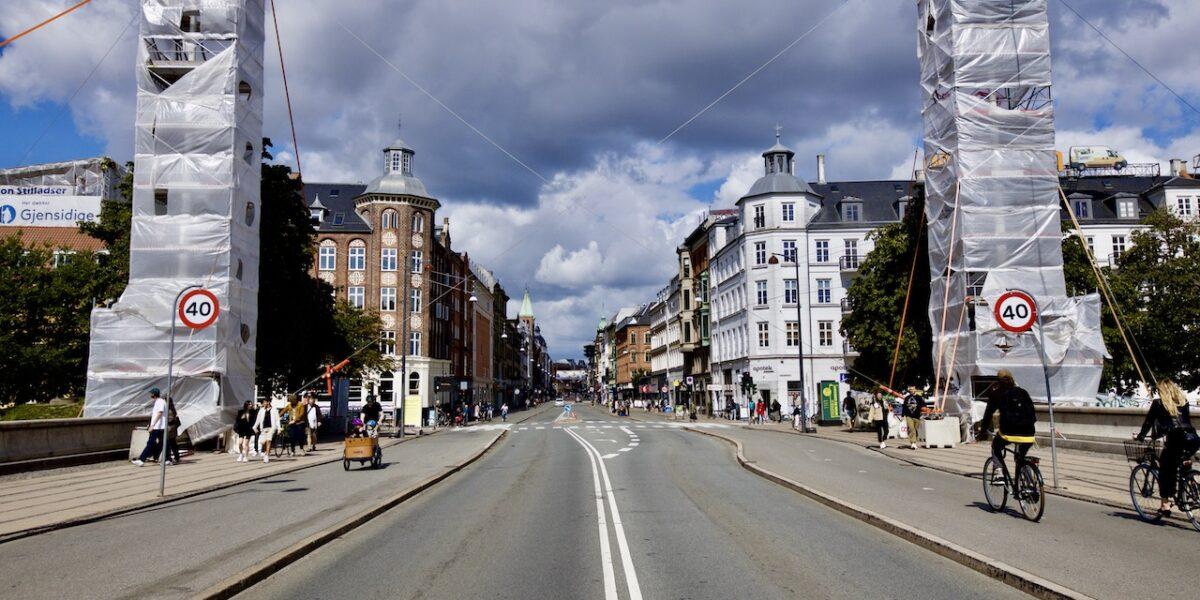 Toilet, trafik-ø og penge til byrum: Det fik Nørrebro på budget 2022